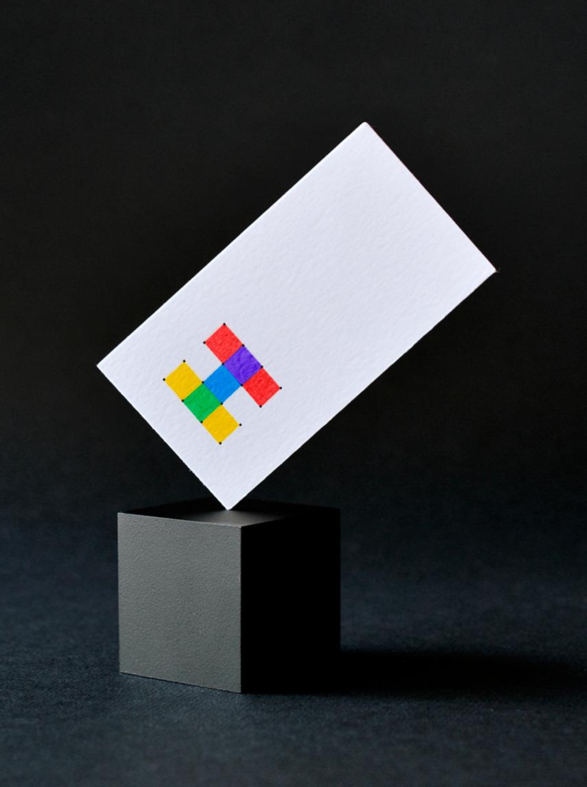 Rebranding Hache tarjeta diagonal